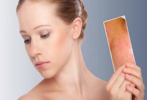 Học cách rửa mặt 'chuẩn' cho da nhờn và mụn
